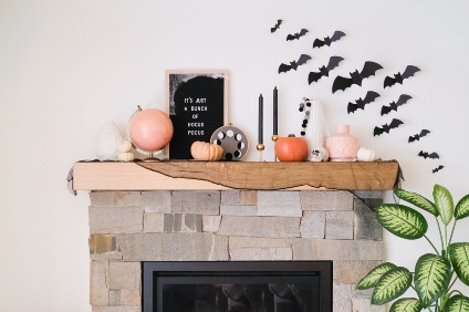 mantel decorated for halloween